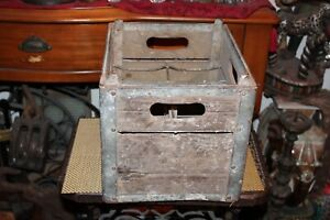 Antique-Whitehouse-Dairy-Jersey-City-NJ-Milk-Bottle-Carrier-Crate-Country-Farm