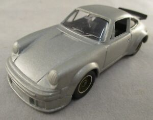 Solido-Porsche-934-Turbo-no-1323-escala-1-43-Buen-Estado-Sin-Caja