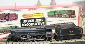 HORNBY-RAILWAYS-2-RAIL-R859-STANIER-4-6-0-BLACK-5-IN-BR-BLACK-A-SILVER-SEAL-LOCO