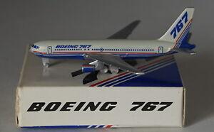 Schabak-Boeing-767-232-Boeing-Aeromobili-Company-1st-Versione-in-1-600-Scala