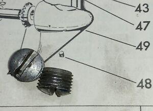 Evinrude-Fleetwin-1953-7-5hp-Outboard-motor-Gear-Housing-Plugs-Oil-Lower-Unit