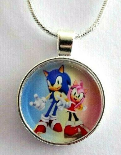 SONIC THE HEDGE HOG AND AMY ROSE NECKLACE 4-6 Y GIFT BOX 18 INCH SILVER BIRTHDAY