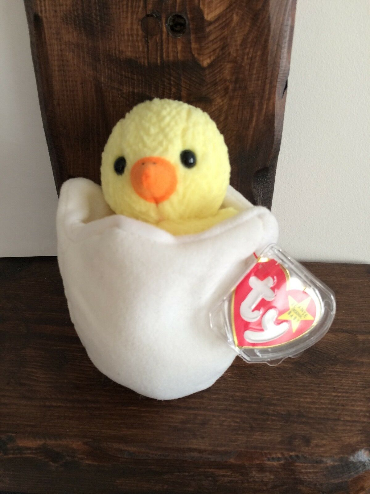 TY Beanie Baby, Eggbert 1998 (P.E. Pellets) - Canadian Swing Tag