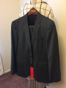 2ea392dfe Hugo Boss, Virgin Wool Suit, Slim Fit | C-Jeffrey/C-Simmons size 40R ...