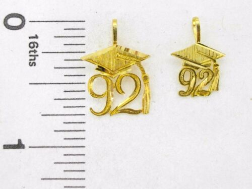Details about  /Charm 14K yellow gold Class of 92 graduation cap and tassel pendant