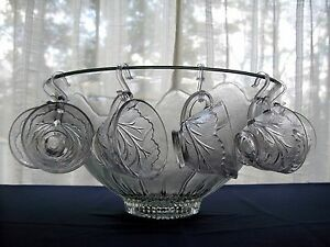 Indiana-Glass-Clear-Pebble-Leaf-Punch-Bowl-12-Cups-12-Hooks-Ladle-26-pc-Set