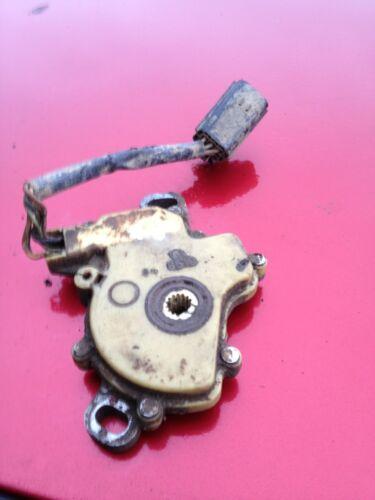 Range Rover P38 2.5 XYZ Switch Auto Gearbox Black Plug 0501 209 535