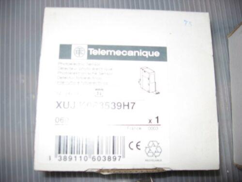 New Telemecanique Photoelectric Sensor XUJK063539H7 Lot of 2