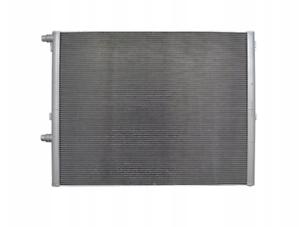 BRAND NEW RADIATOR VOLVO 240//740//760//940//960 AUTOMATIC CARS 450mm x 425mm CORE