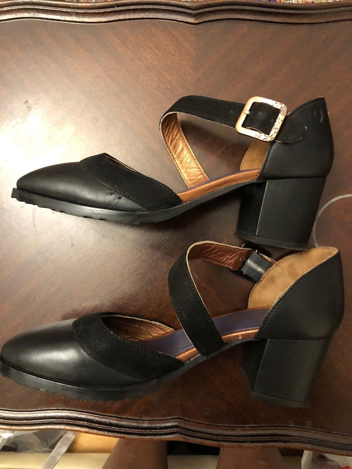 LADIES shoes SIZE 37  UK 4  MOSHULU