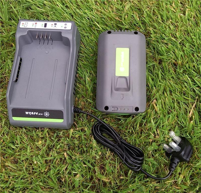 Titan Pro Lithium Ion Battery and Fast Charger   36v Samsung Hyundai   Li-ion