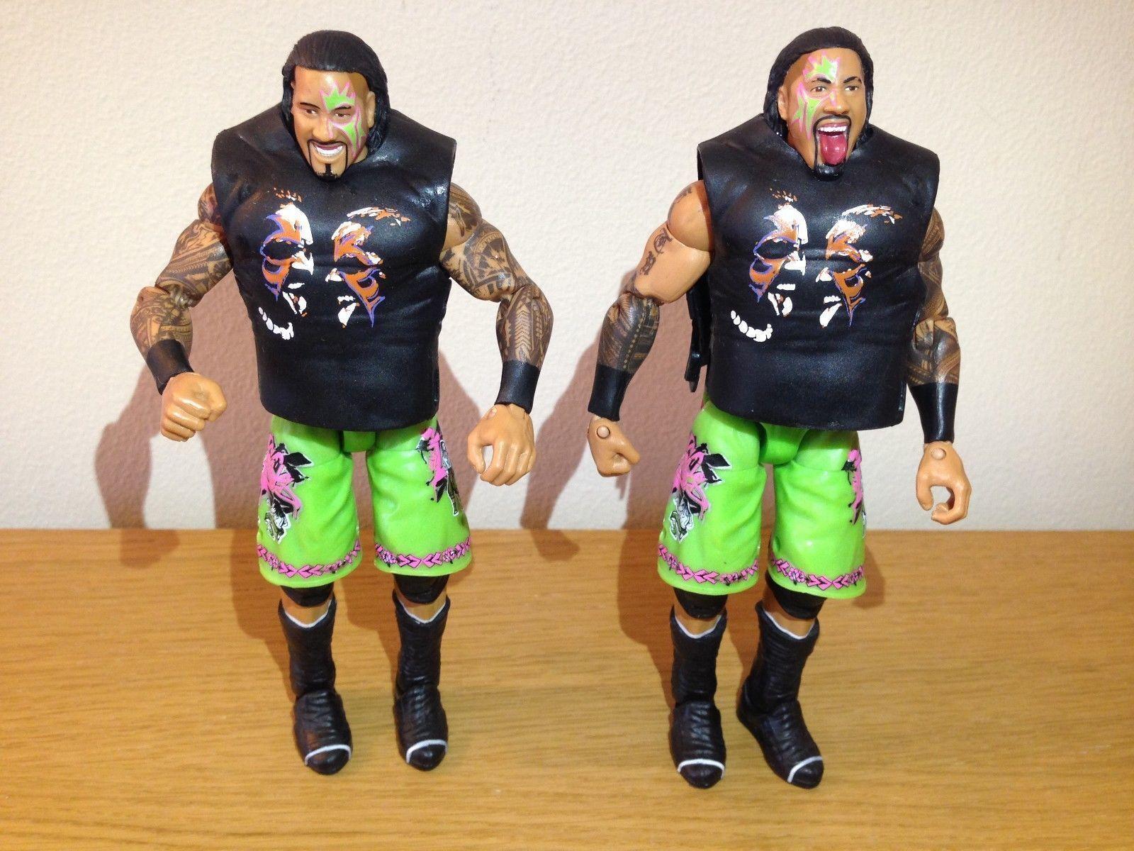 WWF WWE The Usos Elite (WWE Elite Uso bredhers) wrestling figures, loads more