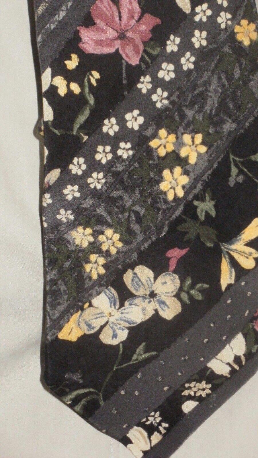 Tie, Tie, Necktie, Givenchy, de Paris, MINT CONDITION, MINT, Silk, Silk
