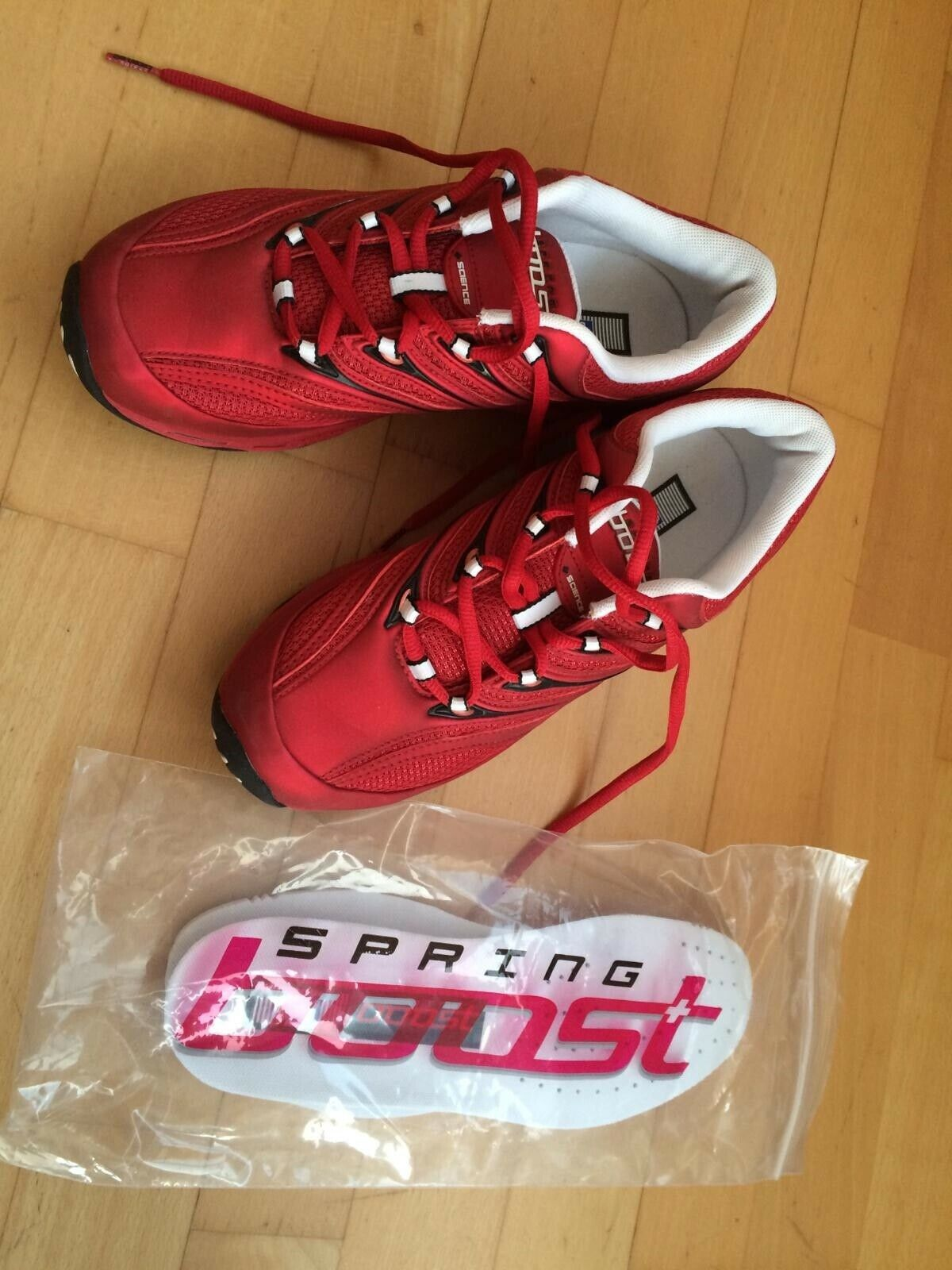 Rote Sportschuhe Fitness Turnschuhe Spring Boost Gr. 38
