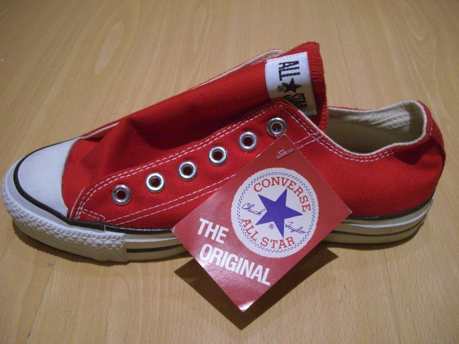 RARE Vintage Classic Nuovo Rosso Converse All Stars USA MADE