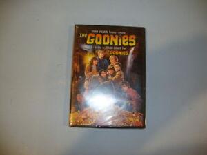 The-Goonies-DVD-2009-New