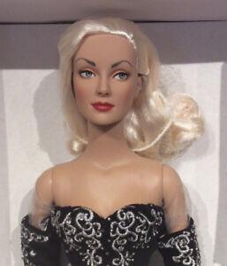 Tonner-Black-and-White-Ball-Daphne-Dimples-doll-NRFB-Brenda-Starr-Reporter-Tyler