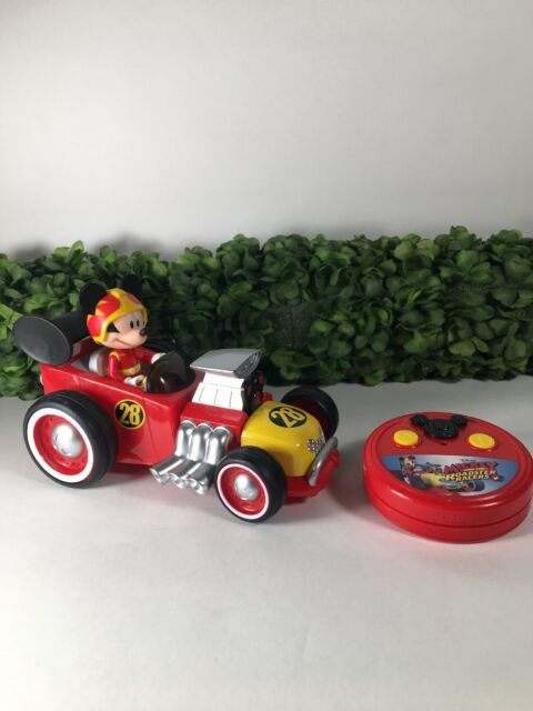 Disney Junior Mickey and Roadster Racers Mickey Roadster Racer R//C Vehicle