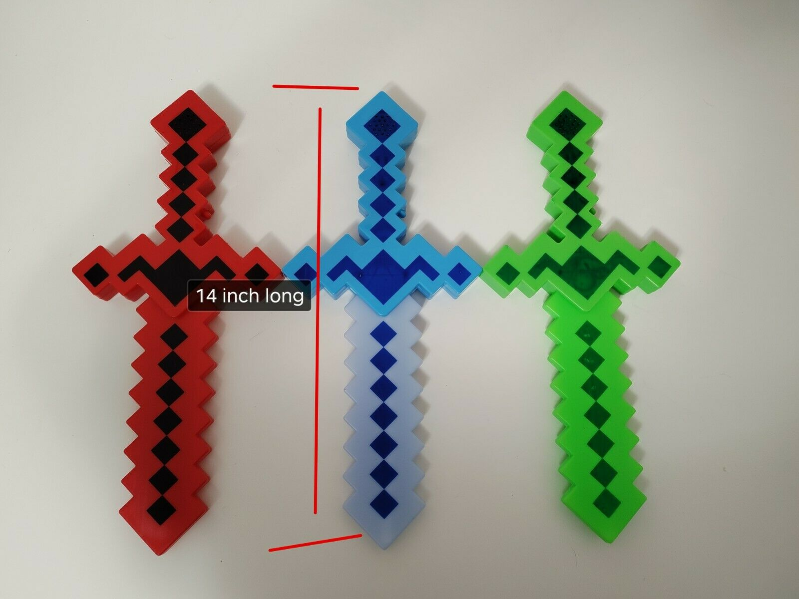 "24/"" Light-Up Diamond Pixel Sword LED Motion Activated /& Flashing Lights RED"