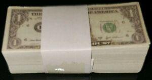 Hot-Toys-1-4-Scale-QS010-The-Dark-Knight-Joker-One-Dollar-Bills-Notes-Money
