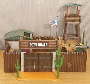 Playmobil-Western-Fort
