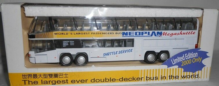 RARE Neoplean Megashuttle Bus Replica