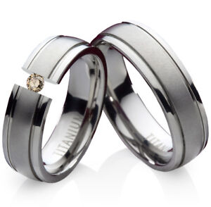 2-Eheringe-Trauringe-mit-echtem-Diamant-Verlobungsringe-aus-Titan-Gravur-TLB3