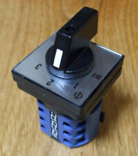 Mains 240v power selector switch 16amp, 2 pole 3 way PSS116