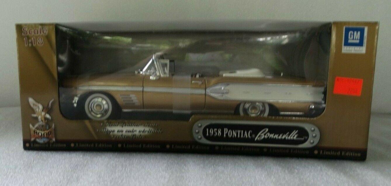 Road Signature 1958 Pontiac Bonneville ConGrünible 1 18 Scale Diecast Model Car
