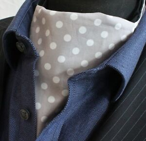Cravate Ascot Uk Made Gris Clair Blanc Polka Dot. Cravate & Mouchoir. Premium Coton.-afficher Le Titre D'origine