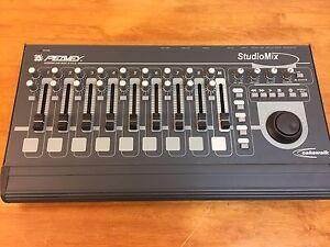 peavey studiomix control surface midi mixer daw controller. Black Bedroom Furniture Sets. Home Design Ideas