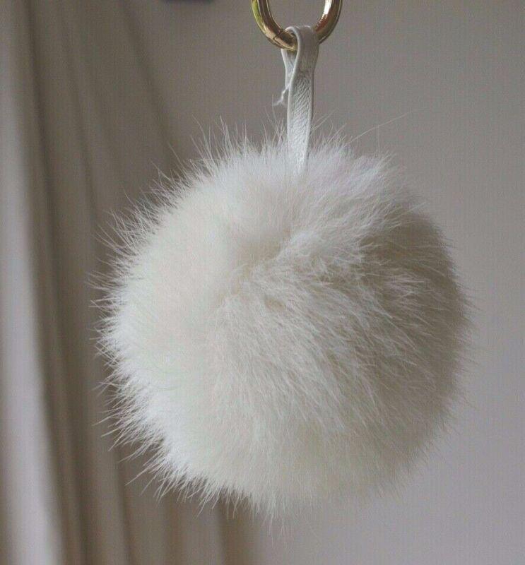 Bright Zara Faux Fur Ball Pom Pom Keychain Key Ring Handbag Accessory White Rarely Use Durable In Use