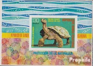 Unmounted Mint Never Hinged 1977 S Äquatorialguinea Block273 complete.issue.