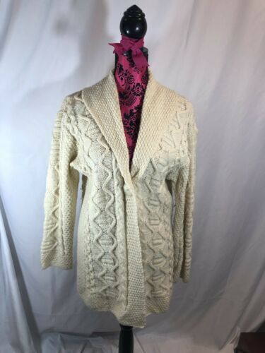 inis crafts sweater L