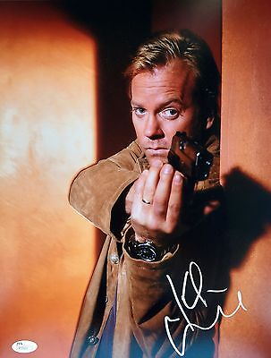 Signed 11x14 Photo Jsa P55602 Finely Processed Amiable Kiefer Sutherland 24 season 1