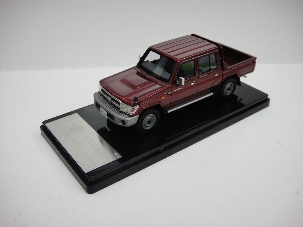 1/43 Wit's Toyota Land Cruiser 70 Pick Up 30th anniversry Rojo Oscuro W451