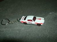 1970 Chevrolet Camaro Rs Diecast Model Car Keychain Keyring White W Red