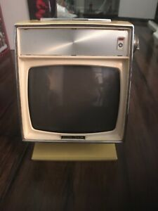 1960-s-Petite-Vintage-Yellow-JVC-Nivico-Vision-TV