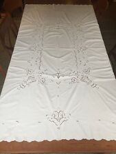 Stunning Vintage 1930s White Linen  Floral Embroidered Cutwork Tablecloth