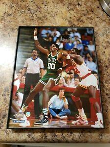 Robert-Parish-Celtics-Signed-8x10-Photo-STEINER-HARDWOOD-CLASSICS-HOLOGRAM-CERT