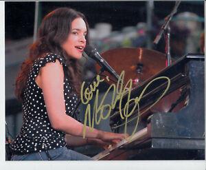 Norah-Jones-singer-Autograph-8-034-x10-034-Signed-Photo