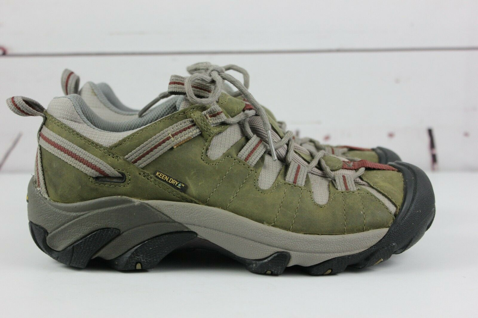 Keen Women's Keen Dry Green Tan Size 7.5 Low Hiking shoes Boots