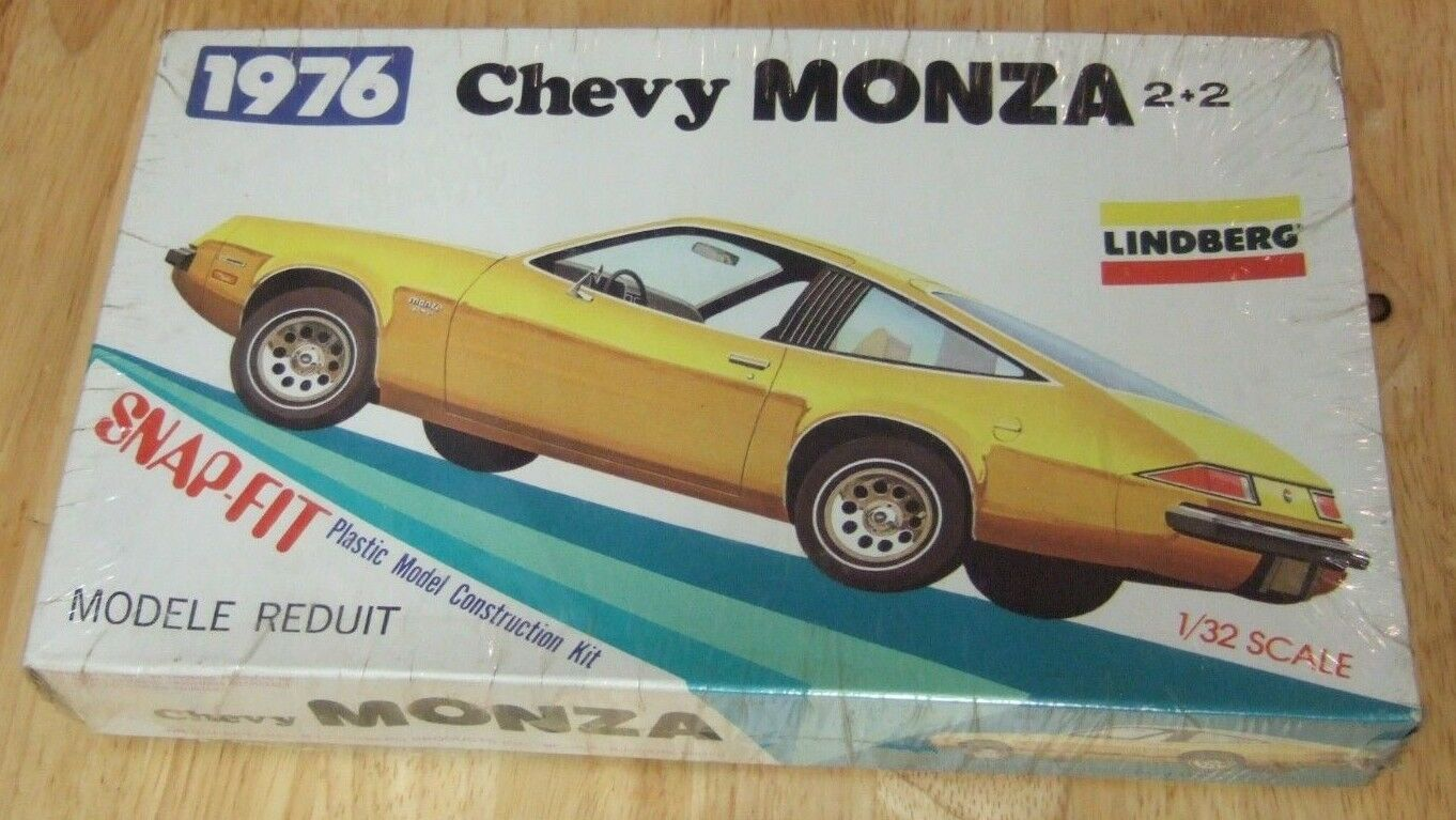Factory Sealed 1976 Lindberg Chevy Monza 2+2 Snap Fit Plastic Model Kit 1 32
