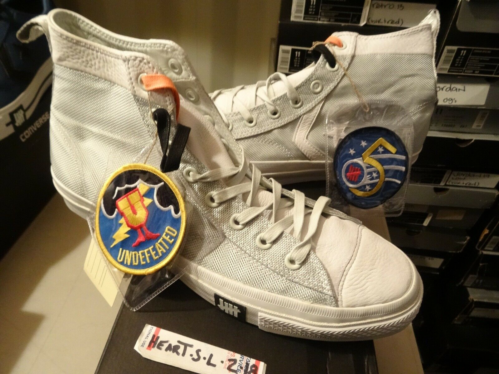 NEW RARE Converse POORMAN WEAPON HI X UNDEFEATED bianca 124130 SZ 13 - STAR
