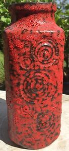 Striking-1960-039-s-1970-039-s-Scheurich-039-Jura-039-282-26-Red-amp-Black-Fat-Lava-Vase-1