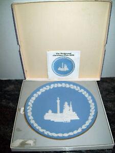 MINT-IN-BOX-WEDGWOOD-JASPERWARE-CHRISTMAS-1970-PLATE