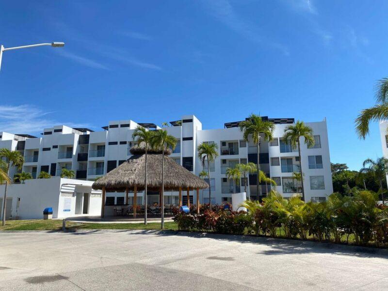 Departamento en Venta en Las Ceibas Residencial, Manzanillo, 2 recámaras.