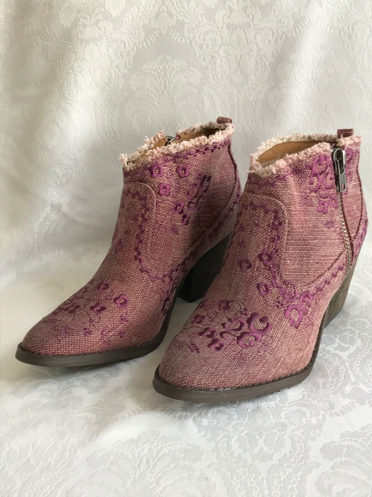 Naughty Monkey Women's Sewn up Textured Fabric Ankle Bootie PLUM US 10 NEW