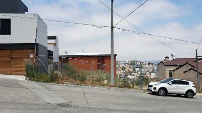 Se vende terreno de 720 m2 en Villa Lomas (Zona Dorada) PMR-1023