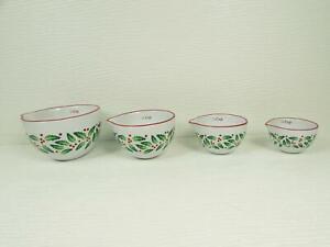 NEW-Set-of-4-Farberware-Classic-Measuring-Cups-Holly-amp-Berries-Red-Trim